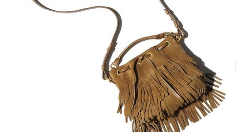 Un bolso de flecos de Saint Laurent que habría aprobado Yves