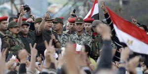 Acusan al Ejército egipcio de detenciones masivas, torturas y desapariciones