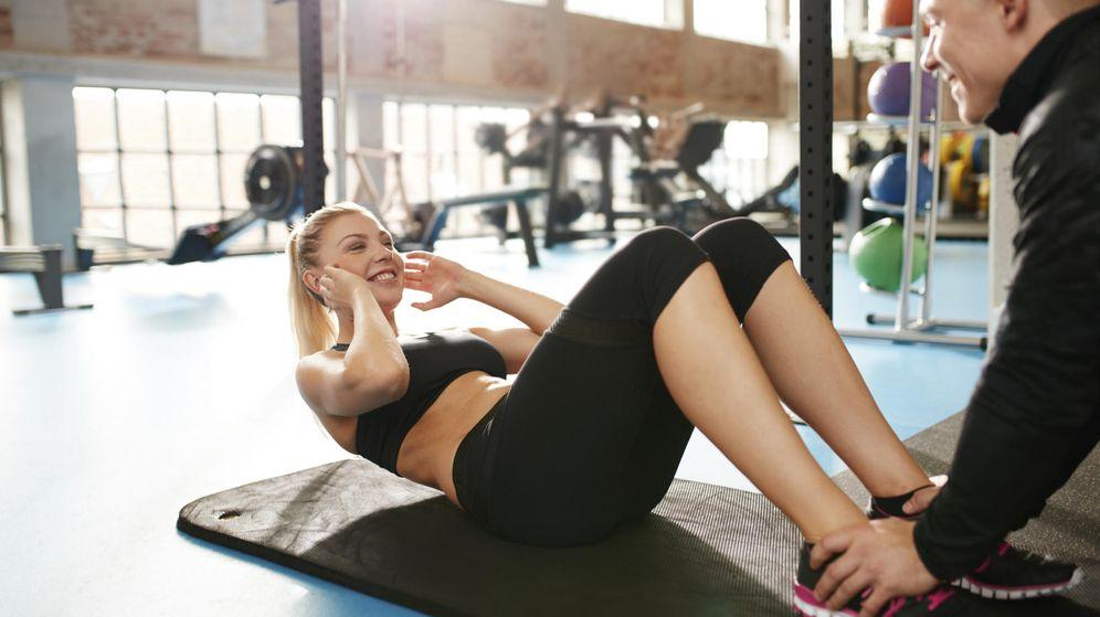 Foto: Ríete, pero quizás estás destrozando tu espalda. (iStock)