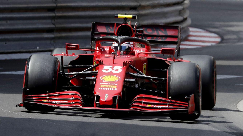 Verstappen asalta el Mundial ante el enfado de Hamilton y Sainz logra la segunda posición