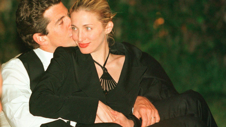 Por qué Carolyn Bessette-Kennedy es un icono de estilo eterno