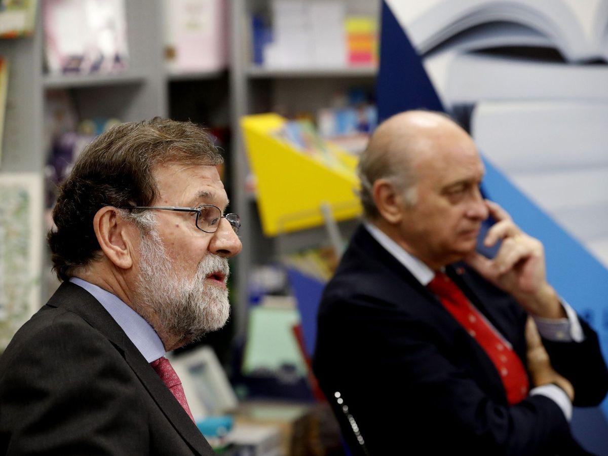 Foto: Rajoy, junto a Jorge Fernández Díaz. (EFE)