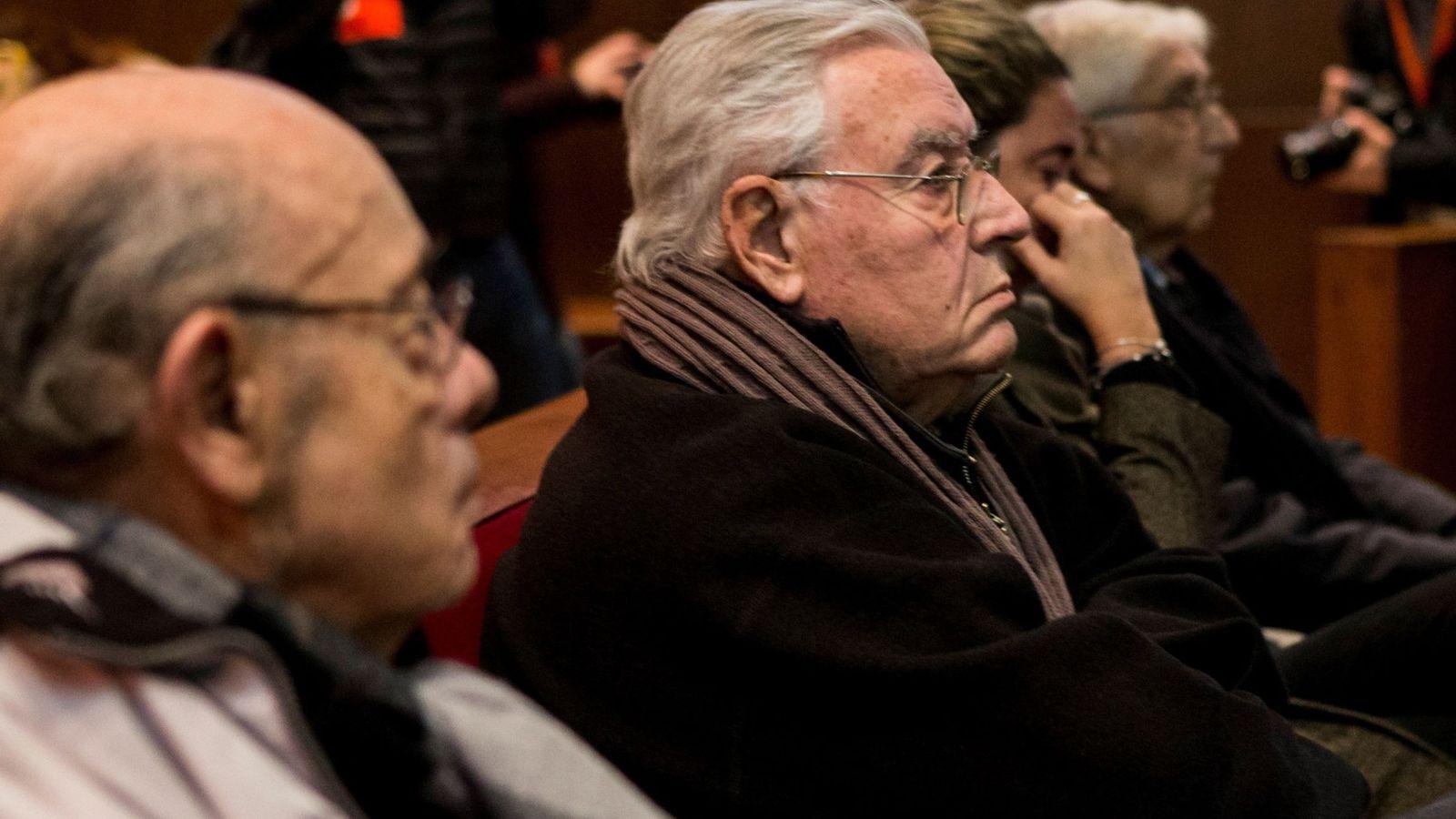 Foto: Los exresponsables del Palau de la Música Fèlix Millet (i) y Jordi Montull (2i). (EFE)