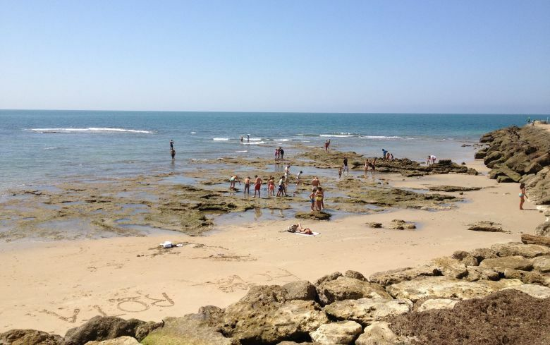 Imagen de la playa de Rota. (FOTO: Agustín Rivera)
