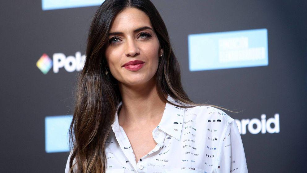 El look de Mango de Sara Carbonero perfecto para una cita