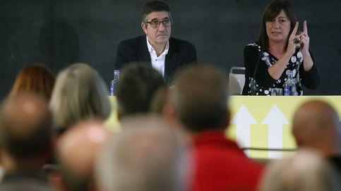 Los partidarios de Patxi López presionan a Sánchez para que se retire y le dé su apoyo