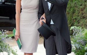 La boda de Fran y Lourdes, entre Ascot y 'Alicia en el país de las maravillas'