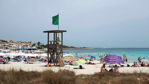 De 200€ en Burela a 2.800 en Punta Prima: el coste de una semana en la playa