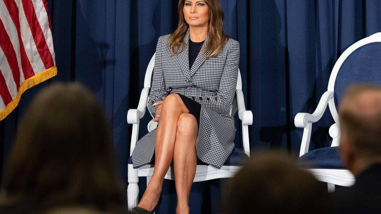 Melania Trump con el abrigo. (Cordon Press)