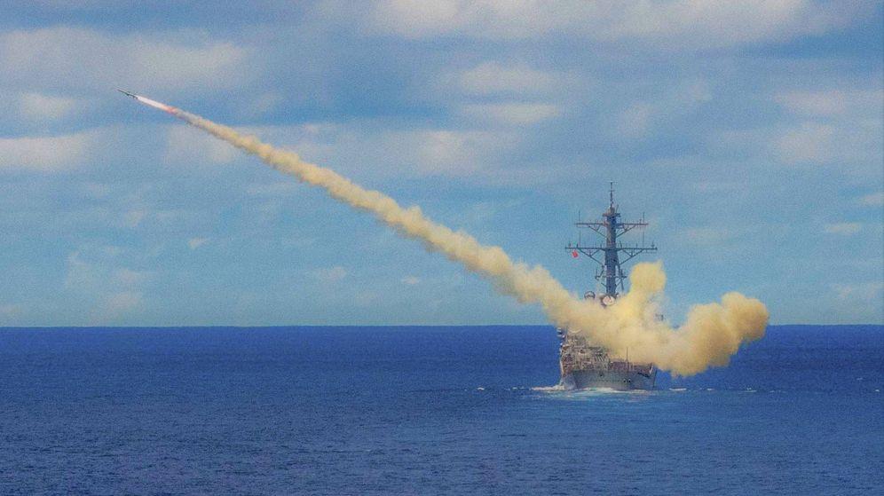 Foto: Lanzamiento de un Harpoon desde el destructor USS Curtis Wilbur (DDG 54), de la clase Arleigh Burke (US NAVY)