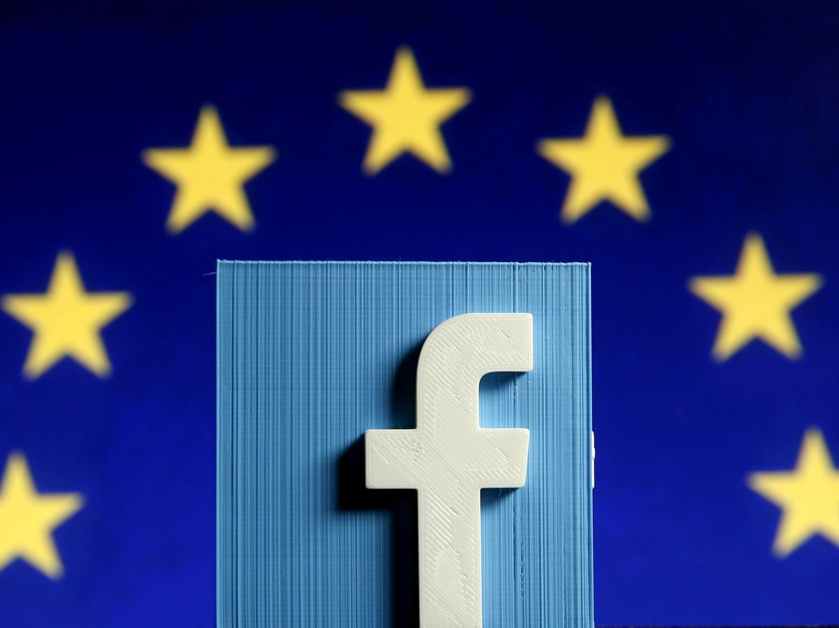 Foto: File photo: facebook logo in front of the eu flag