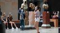 El Museo de Orsay prohíbe la entrada a una mujer por llevar demasiado escote