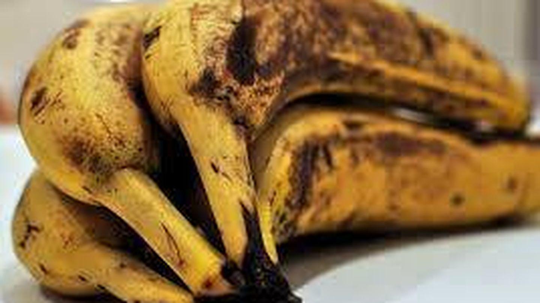 Plátanos en mal estado.