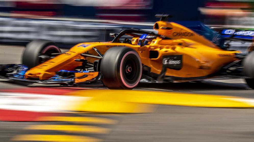 Foto: Fernando Alonso en las calles de Mónaco. (EFE)