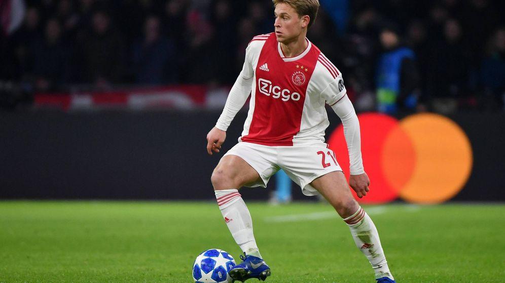 Foto: De Jong juega en el Ajax desde 2015, tras ser fichado del Willem II. (Imago)
