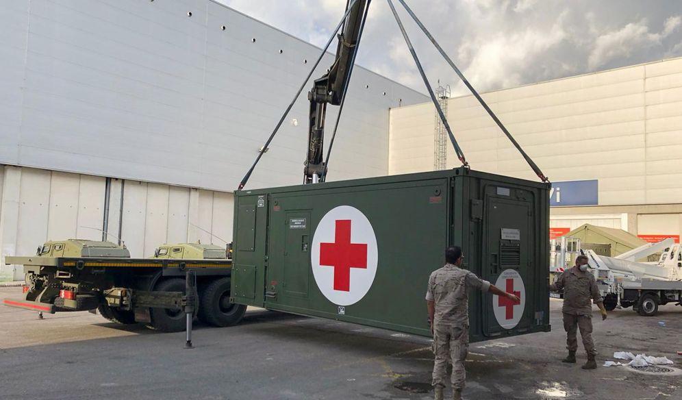 Foto: Contenedor con ayuda sanitaria en el hospital de campaña de Ifema, en Madrid. (EFE)