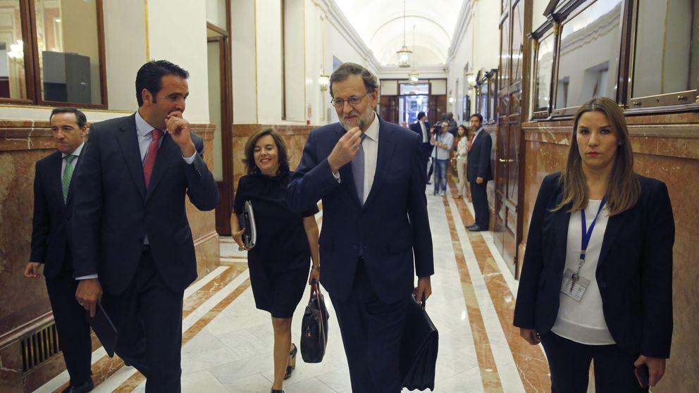 Rajoy pierde su primera votación y se queda a seis escaños de ser investido