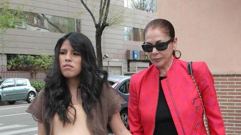 Chabelita se enteró por la prensa de que era adoptada