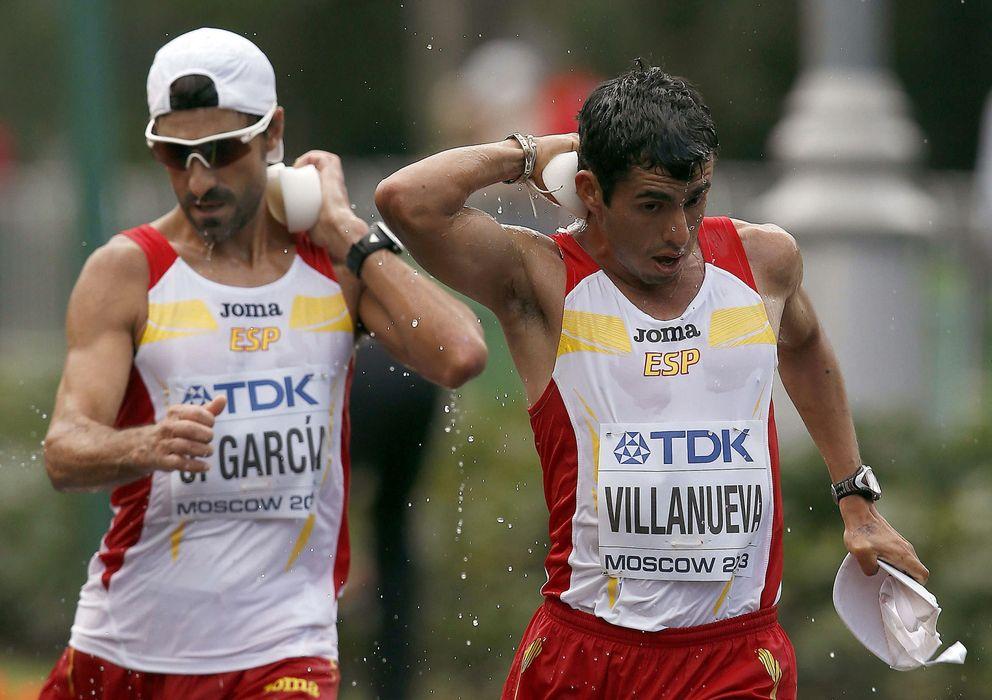 Foto: García Bragado durante los 50km marcha de los Mundiales de Atletismo Moscú 2013 (Efe).