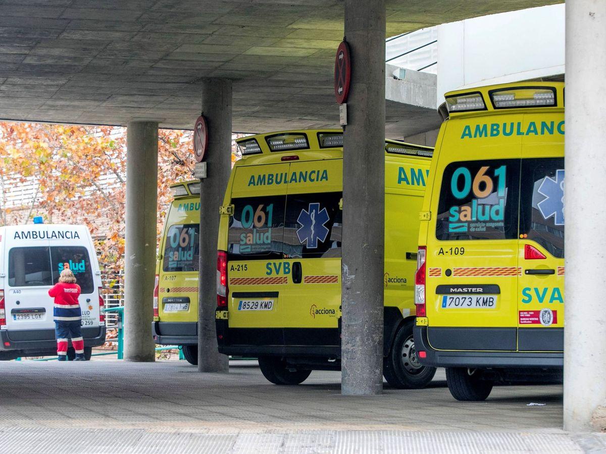 Foto: Ambulancias en Zaragoza. (EFE)