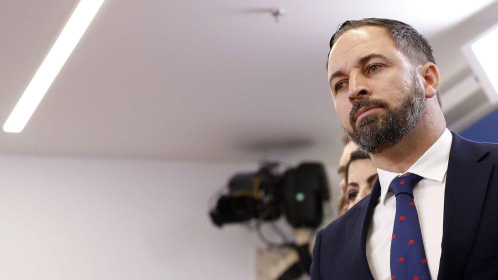 Foto: Santiago Abascal durante una rueda de prensa en el Congreso de los Diputados. (EFE)