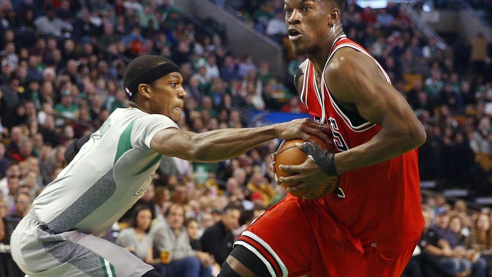 Foto: Jimmy Butler es el jugador de la NBA que más minutos disputa por partido: 40 (Reuters)