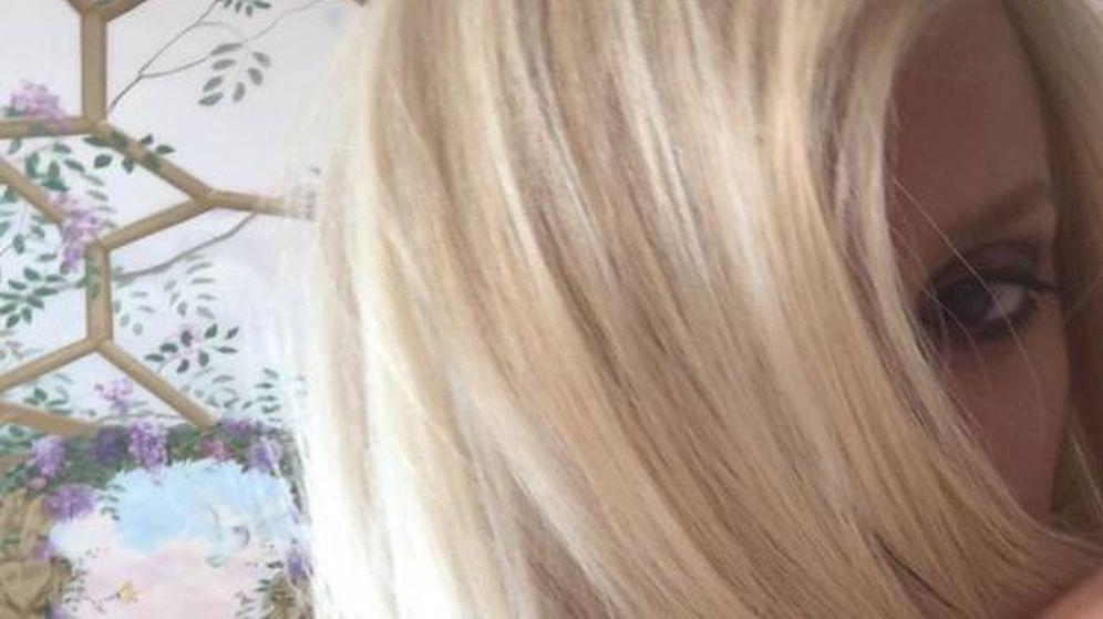 Foto: Penélope Cruz, de rubio platino como Donatella Versace en 'ACS'.