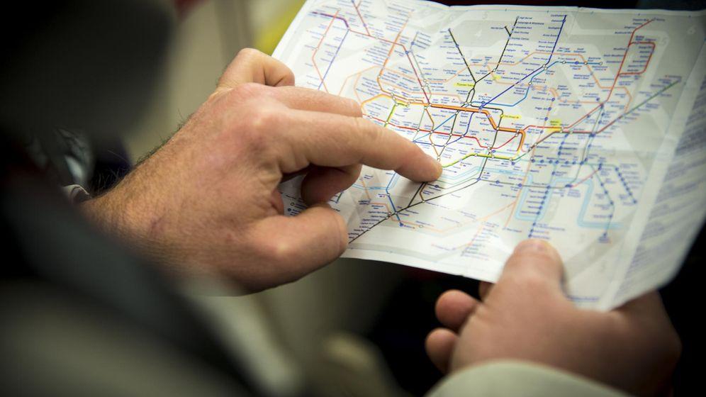 Foto: Para este hombre orientarse en el metro era una pesadilla. (iStock)