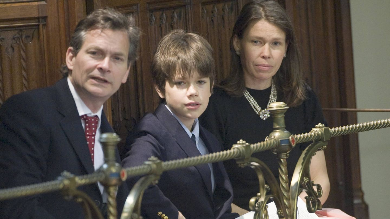 Daniel y Sarah Chatto junto a su hijo pequeño. (Getty Images)