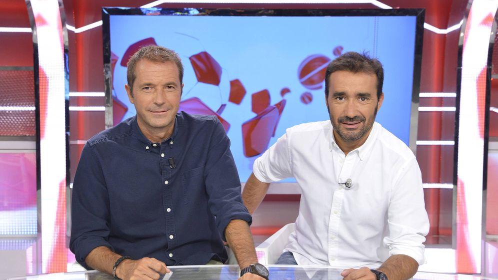 Foto: Manu Carreño y Juanma Castaño, la nueva pareja de 'Noticias Cuatrop Deportes'. (Mediaset)