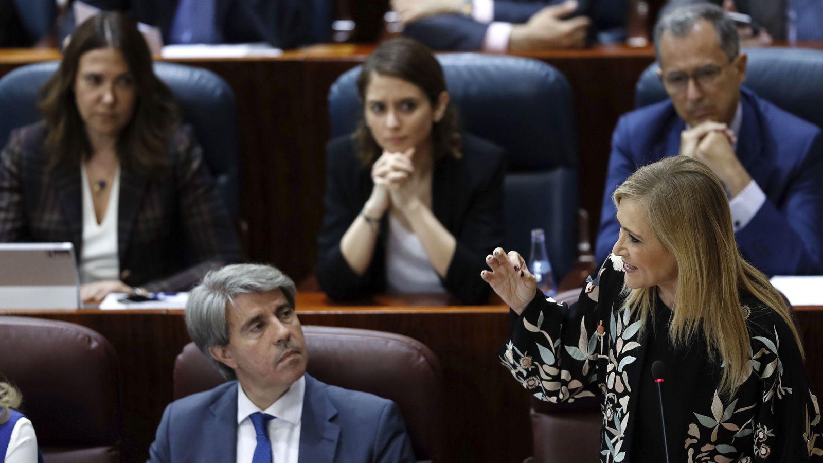 Foto: Cristina Cifuentes y el consejero Ángel Garrido. (EFE)
