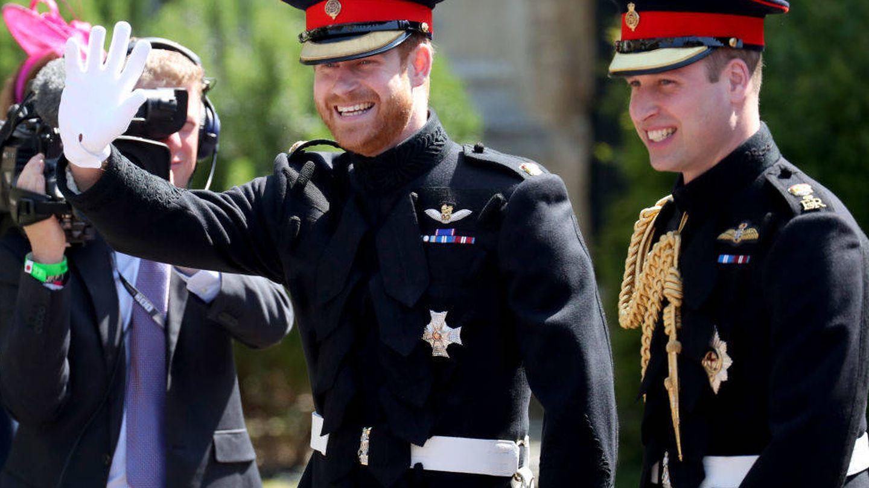 El príncipe Harry con su hermano Guillermo, en una imagen de archivo. (Getty)