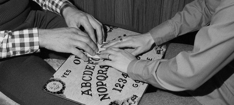 Foto: La Ouija fue un gran éxito en Estados Unidos durante los años veinte y treinta. (Corbis)