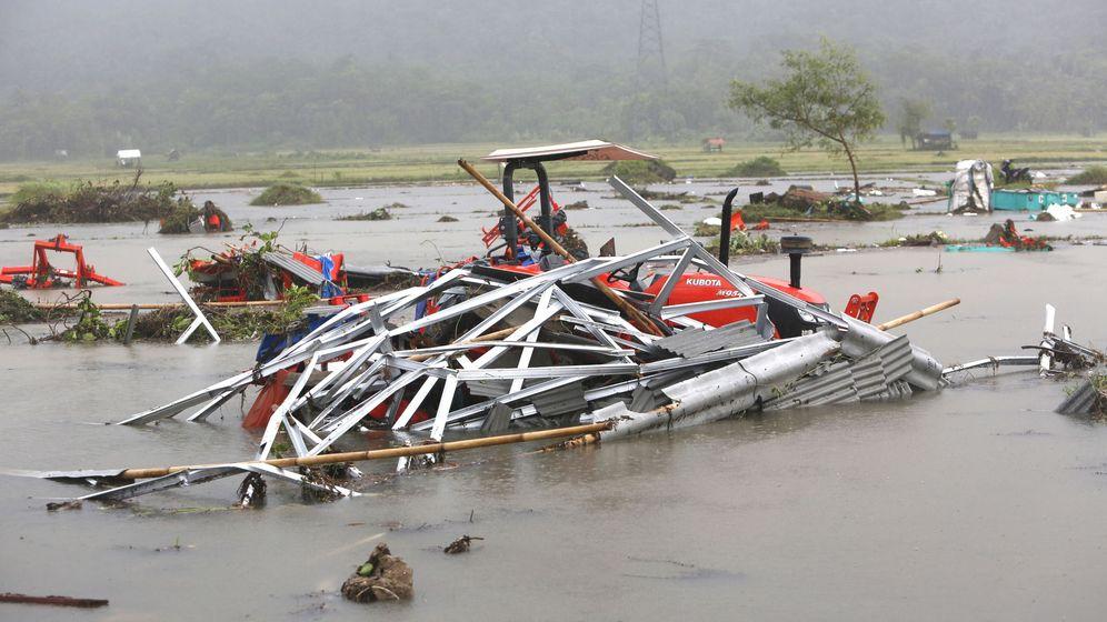 Foto: El tsunami ha dejado más de un millar heridos. (EFE)