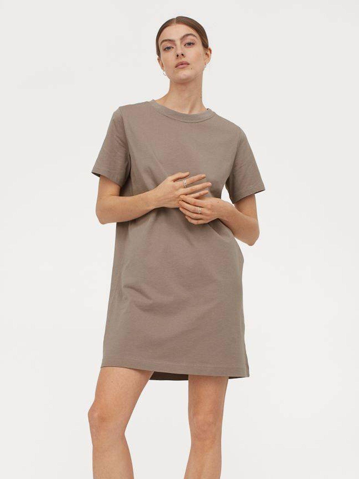 Vestido básico y low cost de HyM. (Cortesía)