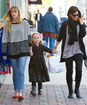 Sandra Bullock, destrozada por la adicción de su hijastra a las metanfetaminas