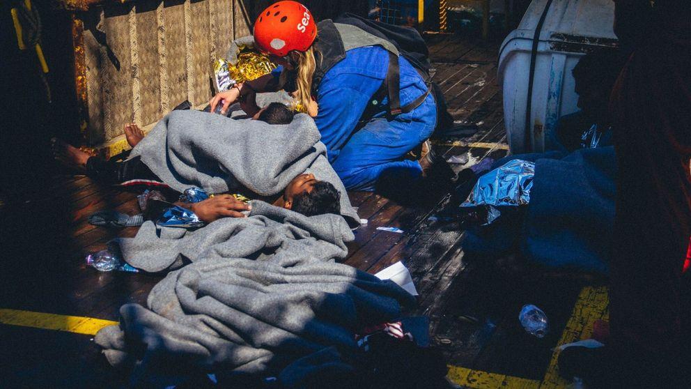 Diez días de 'cuarentena' en un barco de rescate y los puertos cerrados por el Covid