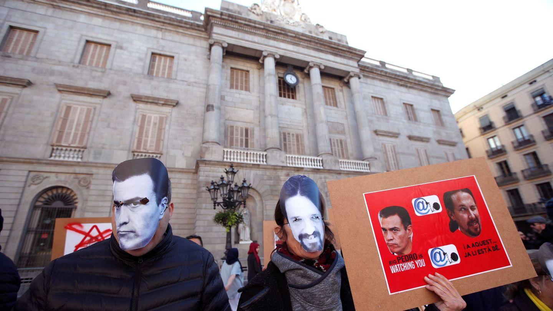 Manifestación convocada por los CDR en protesta contra la ley Mordaza en Barcelona. (EFE)