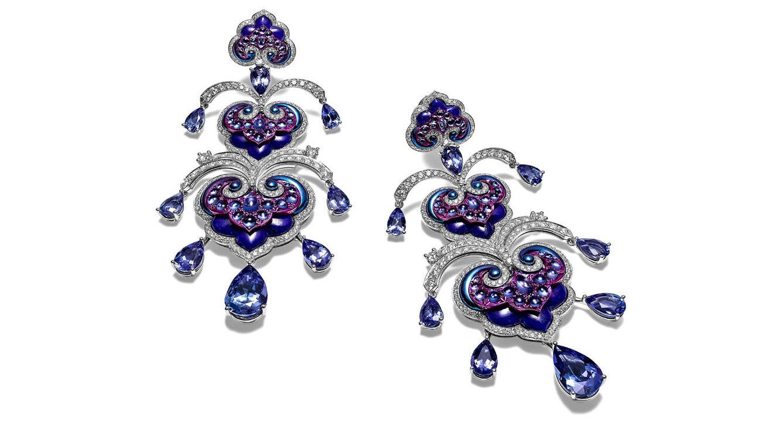 712f31d2f449 Chopard lanza su nueva colección de joyas al aire libre sobre el sena