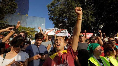 Escrache contra una doctora que no habla catalán: Esto es una puñetera colonia