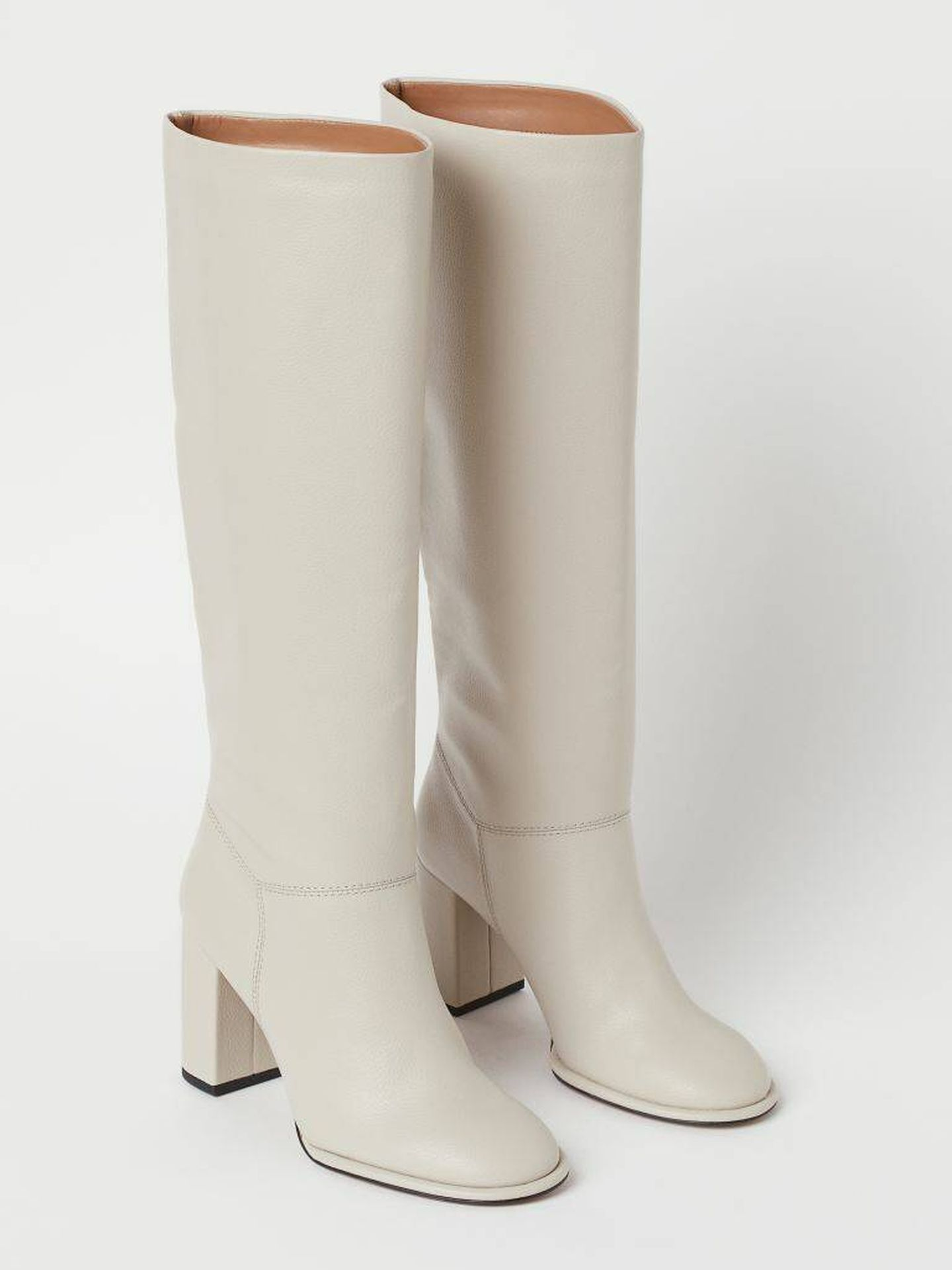 Las botas altas de HyM. (Cortesía)