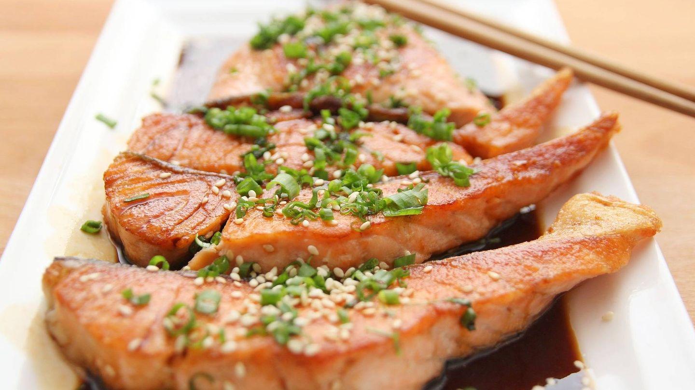 El salmón es rico en vitamina D. (Pixabay).