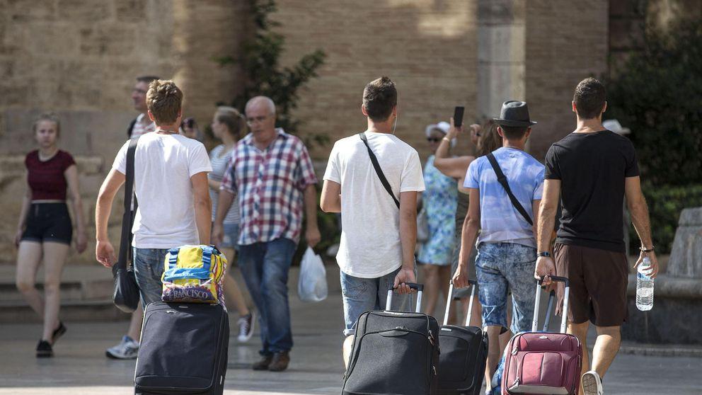 Presión sobre Airbnb: Valencia subirá el IBI a los dueños de viviendas turísticas