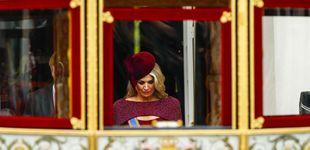 Post de Máxima de Holanda reversiona el vestido capa de su 'coronación' en el Prinsjesdag
