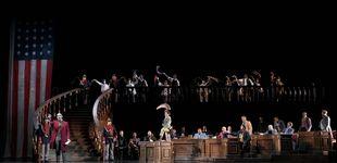 Post de Parte del público abandona el Teatro Real por falta de medidas: