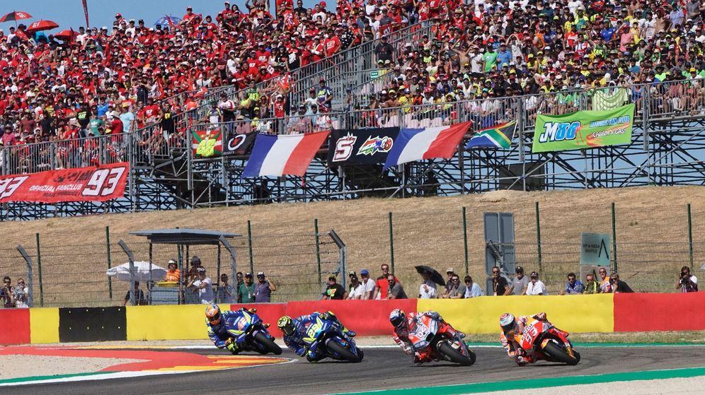 Foto: Marc Márquez liderando el grupo de cabeza en el pasado GP de Aragón. (EFE)