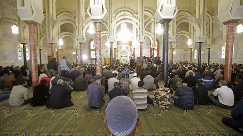 Carmena se vuelca con la comunidad islámica y con el Ramadán en Madrid