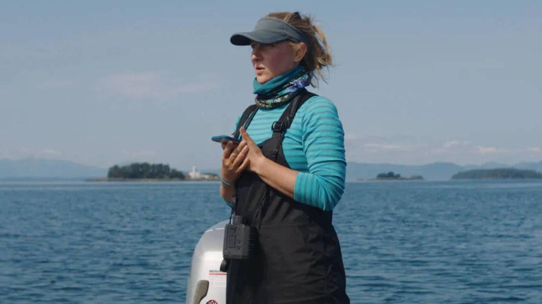 Las doctoras Ellen Garland y Michelle Fournet son dos científicas marinas especializadas en ballenas. (AppleTV)