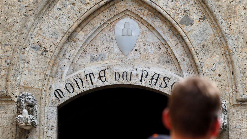 Foto: Entrada de la sede de Monte dei Paschi (Reuters)