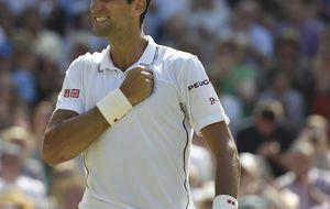Djokovic buscará el número 1 ante Federer, que quiere su octavo título